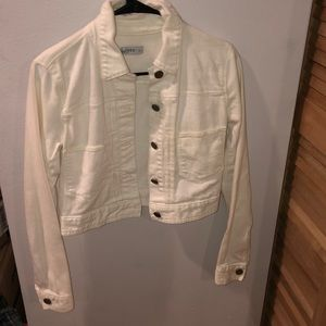 White gap jacket